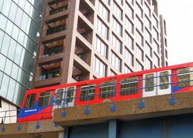 london docklands decline